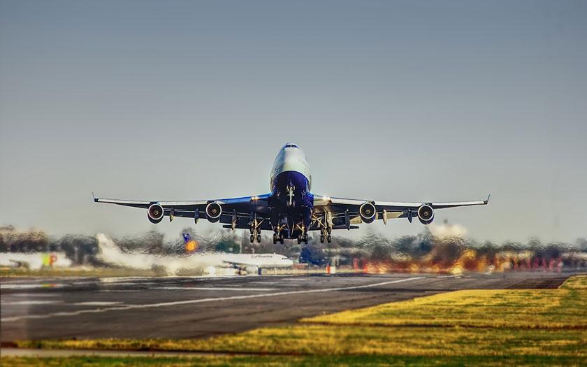Zrakoplov, zračna luka